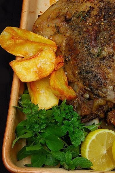 Agneau aux epices pommes de terre au four et citrons confits20102