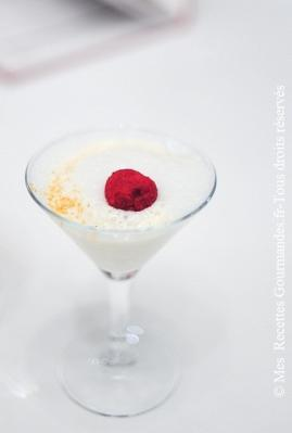 almond-fizz-with-amarena