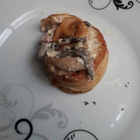 Bouchées aux ris de veau et champignons de Paris