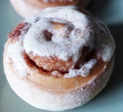 Cinnamon rolls a la cannelle20070712
