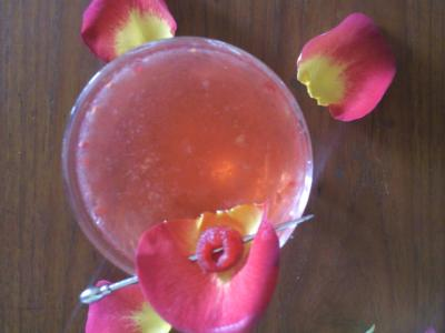 cocktail-girl-pink-rose