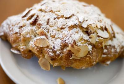 Croissant amandes creme d amande20150703