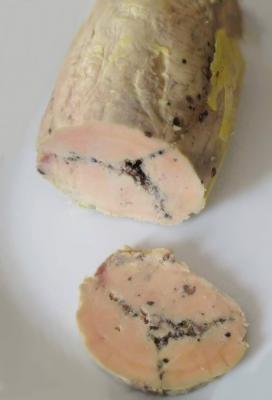 Foie gras d oie au vin rouge