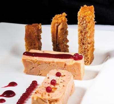 Foie gras cru au sel fin au chutney de canneberges