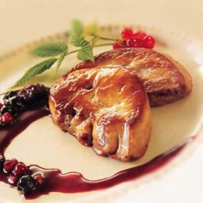Foie gras poele aux fruits rouges
