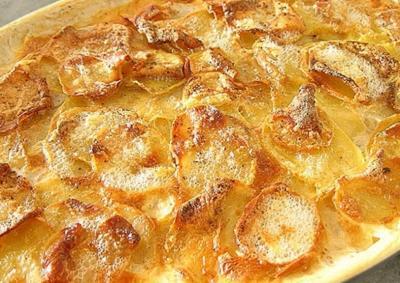 Gratin de pommes de terre et lardon