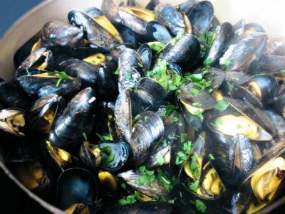 Moules mariniere a la creme et au curry
