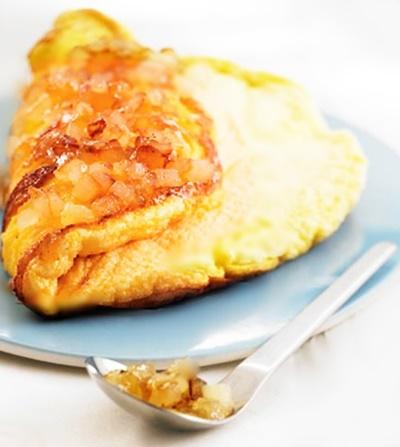 Omelette aux pommes caramélisées