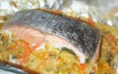 Papillote de saumon aux legumes20050803