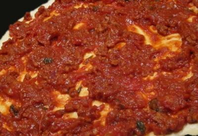 Pizza bolognaise03201426