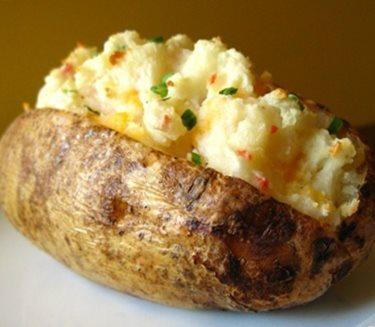 Pommes de terre au cheddar en papillote 2009