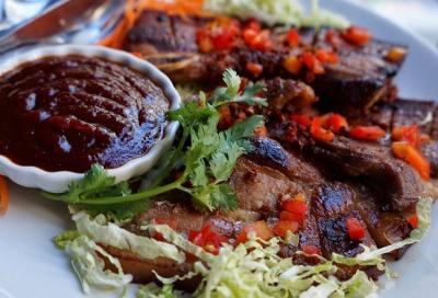 Porc grille a la sauce de tamarin