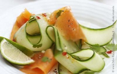 salade-de-concombre-au-saumon-fume