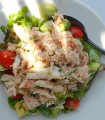 Salade de crabe et avocats20151905