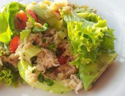 Salade de crabe et avocats20150519