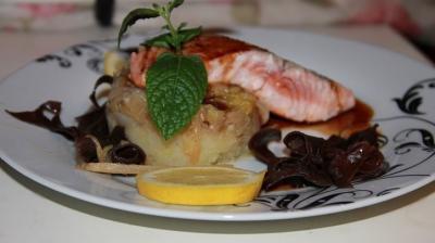 Saumon sur lit de poireaux sauce wasab20151702