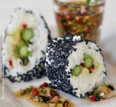 sushis-aux-asperges-avec-vinaigrette-asiatique-