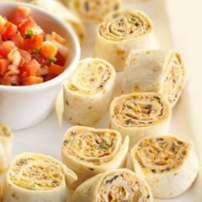 Roules de tortillas fromages et olives